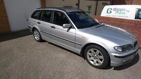 BMW 318i SE Touring 2003, 1995cc Petrol in Silver
