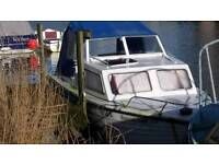 Day Boat Teal model, new safety certificate, outboard motor, electric motor also for sale