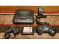 SEGA MEGA DRIVE 2 CONSOLE WITH 1 CONTROLLER, POWER SUPPLY. RF LEAD & SONIC GAME