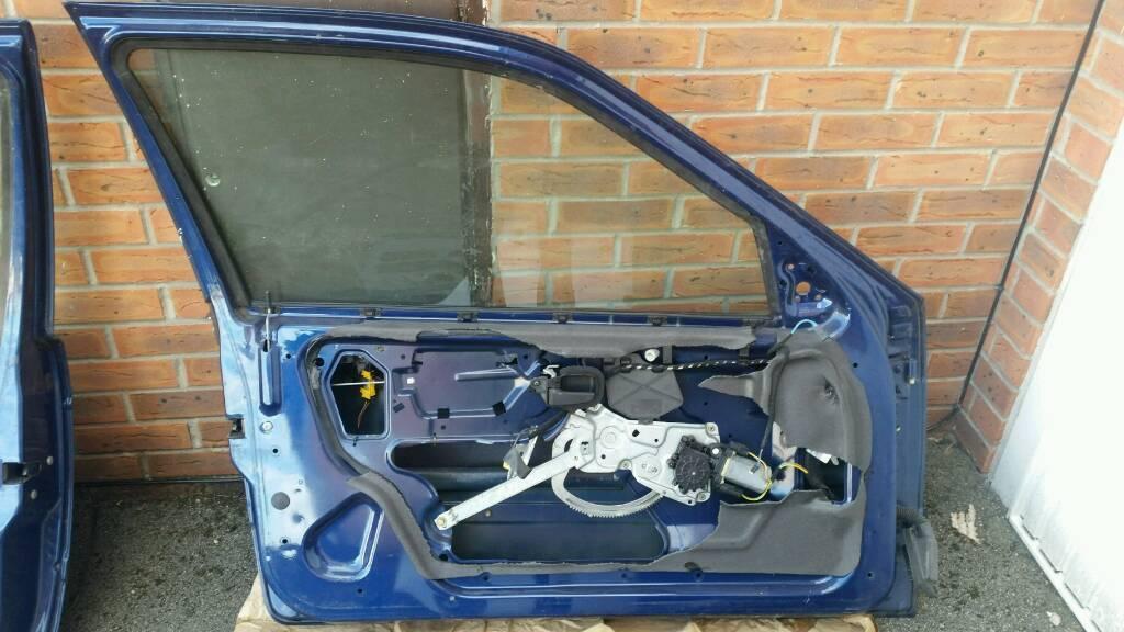 Bmw e36 3 series hatchback passenger door