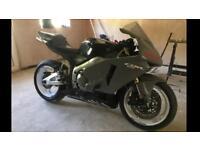 Cbr 600rr track bike with V5
