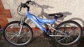 Girls bike from halfords. Good condition but in need of maintenance