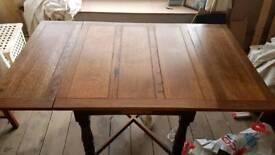 Dining table (oak)