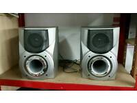 2 speakers aiwa
