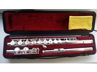 Yamaha Silver Flute with original Case & cleaning rod - Good condition