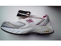 NEW BALANCE,FEMALE QUALITY TRAINERS,UNWORN,SO IN NEW CONDITION ,MADE IN UK,SIZE 3+HALF /EURO 36.