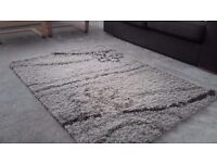 Plush shaggy rug in very good condition
