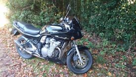 Suzuki bandit 600s very low miles only 10k looking for £1600ono