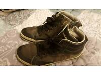 Geox boys shoes size 2.5