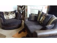 LARGE TWO SEATER PLUS SWIVELL CHAIR..BUFFALO HYDE EXCELLENT CONDITION