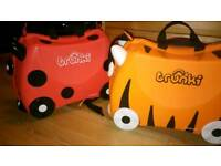 Child's trunki suitcase