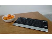 Toshiba wireless keyboard with mouse pad