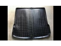 Audi Q7 Boot Liner with Carpet Mat Insert