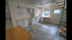 2 Bed House to Let, Scarborough Town Centre, recently renovated, ready to let.