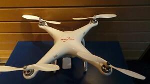 Drone (P08671)