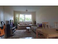 Double Bedroom // CHESSER // quiet area // £465 pm