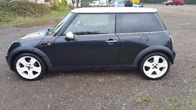 MINI Hatch Cooper 1.6 3dr - Great Specification