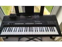 Yamaha PSR-E433 Digital Keyboard - Bargain!