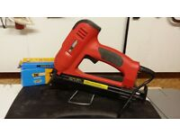 Tacwise 400ELS Pro almost new with 5000 nails £75