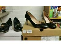 2 pairs of women's shoes