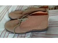 New ONETrue Desert Boots Size 12