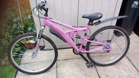 Trax female adult bike bundle