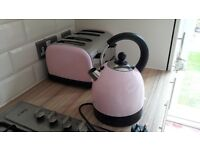 pink kettle and toaster