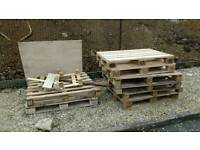 Free pallets and wood
