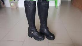 New genuine leather chunky heel black boots size 4
