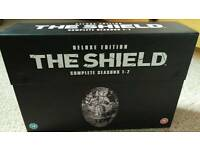 The Shield (deluxe edition) DVD box set