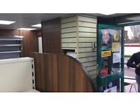The Slatman - Slat Board Shop Shelving Company (London & Kent)