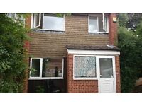 3 Bed Semi-Detached House near University and M4