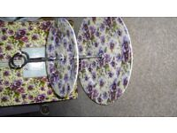 Maxwell & Wiliams 2 tier cake stand