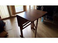 Vintage fold table