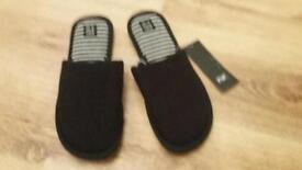 Mens slippers brand new with tags on 7-8