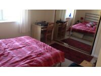 STUDENT ONLY!! 1 double bedroom with en suite available between May-September