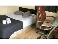 Walk to Aldgate East Zone 1 -- Cheap Deal