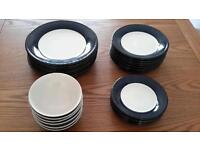 Dinnerware crockery plates and bowls