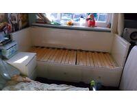 HEMNES DAY BED + 3 DRAWERS £100 BARGIN!