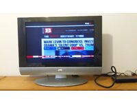 JVC LT 26C31BUE LCD 26 INCH TV with Goodmans GDR11 freeview box