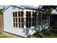 SPACIOUS 16 FT X 10 FT SUMMERHOUSE/SHED
