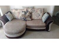 Large three seater Sofa with optional base cushion layout (245cm)
