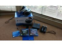 Used Excellent Condition Playstation VR with 2 Move Controllers, 1 Playstation Camera & 2 Games