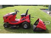 ALKO T-14 102 (40inch)TWIN BLADE RIDE ON LAWN TRACTOR/MOWER 4 YRS OLD 14.5HP BRIGGS AND STRATTON