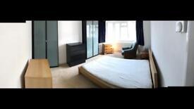 Large triple bedroom in North Finchley, 12 mins Woodside Park Station, 5 Mins High Street