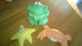Ceramic frog, starfish and crab. Bathroom, kitchen, conservatory, as new ornaments.