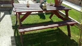 Garden picnic bench. FREE