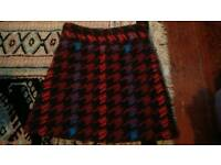 Size 6 Topshop knitted woolen mini skirt