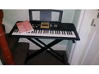 Yamaha Keyboard YPT-220 and stand