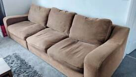 150 ONO deliver for 200, curved sofa (Reduced)